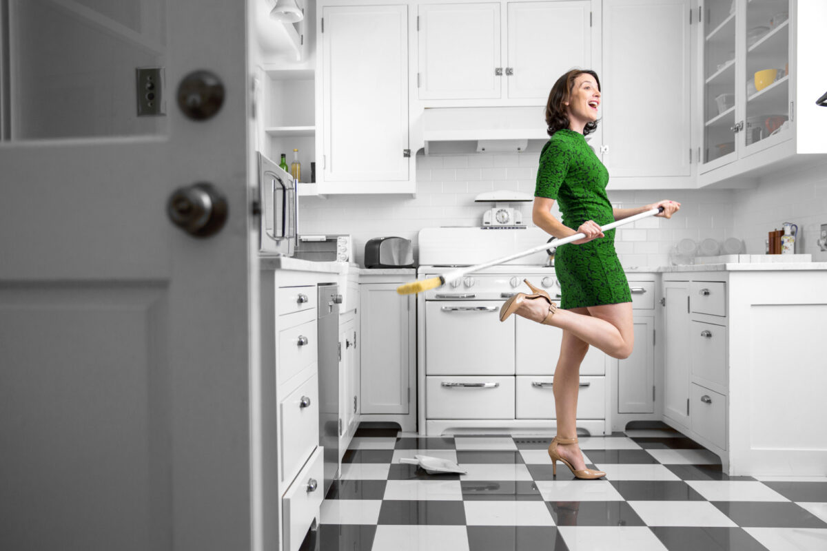 Spring is here, which means it's time to start cleaning! If your kitchen needs some help, click here for some innovative kitchen cleaning tips.