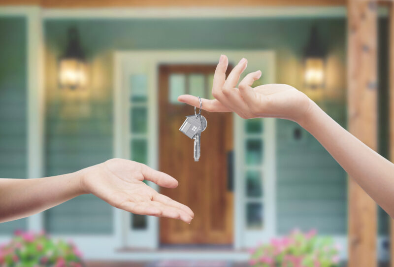 Are you considering selling your home? If so, then you need these tips for selling your home; how to prepare your house for your selling options is all covered.