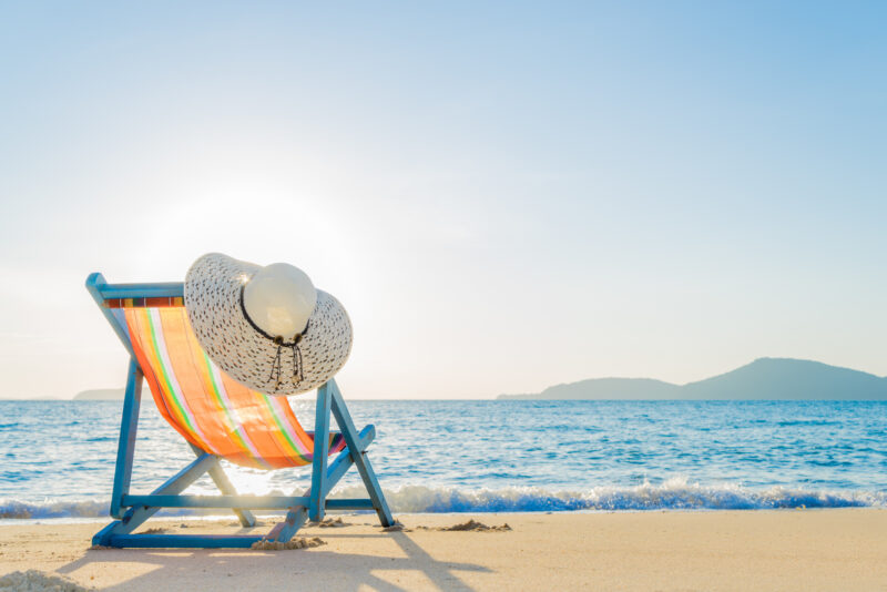 Who wouldn't want to spend their winter in the Florida sunshine? Read on to learn how you can find the best snowbird rentals in Florida.